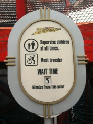 Disneyland_WaitTime