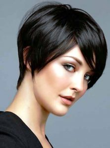 Best Haircut For Thin Hair Female in black