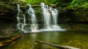 Beautiful Nature Wallpaper Big Size 01 with Waterfall in Jungle