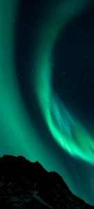 10 Alternative Wallpapers for Oppo Reno4 Pro 5G with Nature Image - 03 - Aurora Borealis