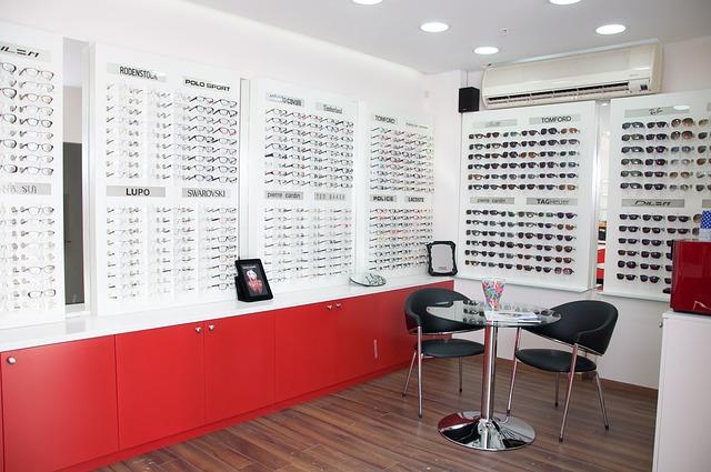 led lighting for glasses store display
