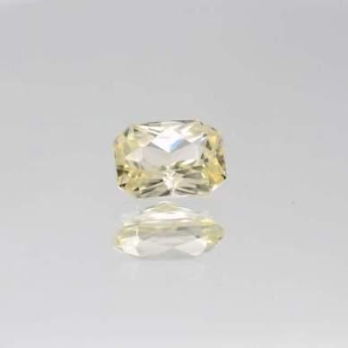 yellow peach sapphire