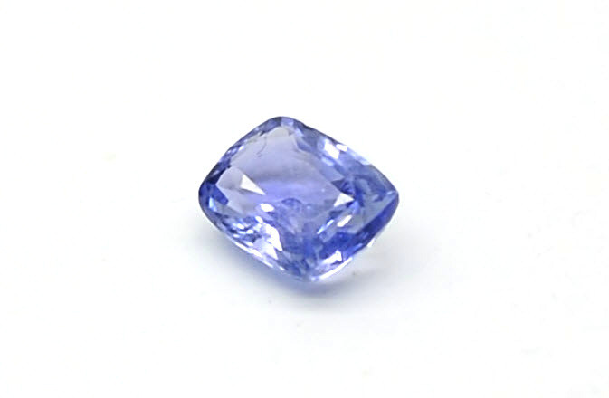 loose blue sapphire