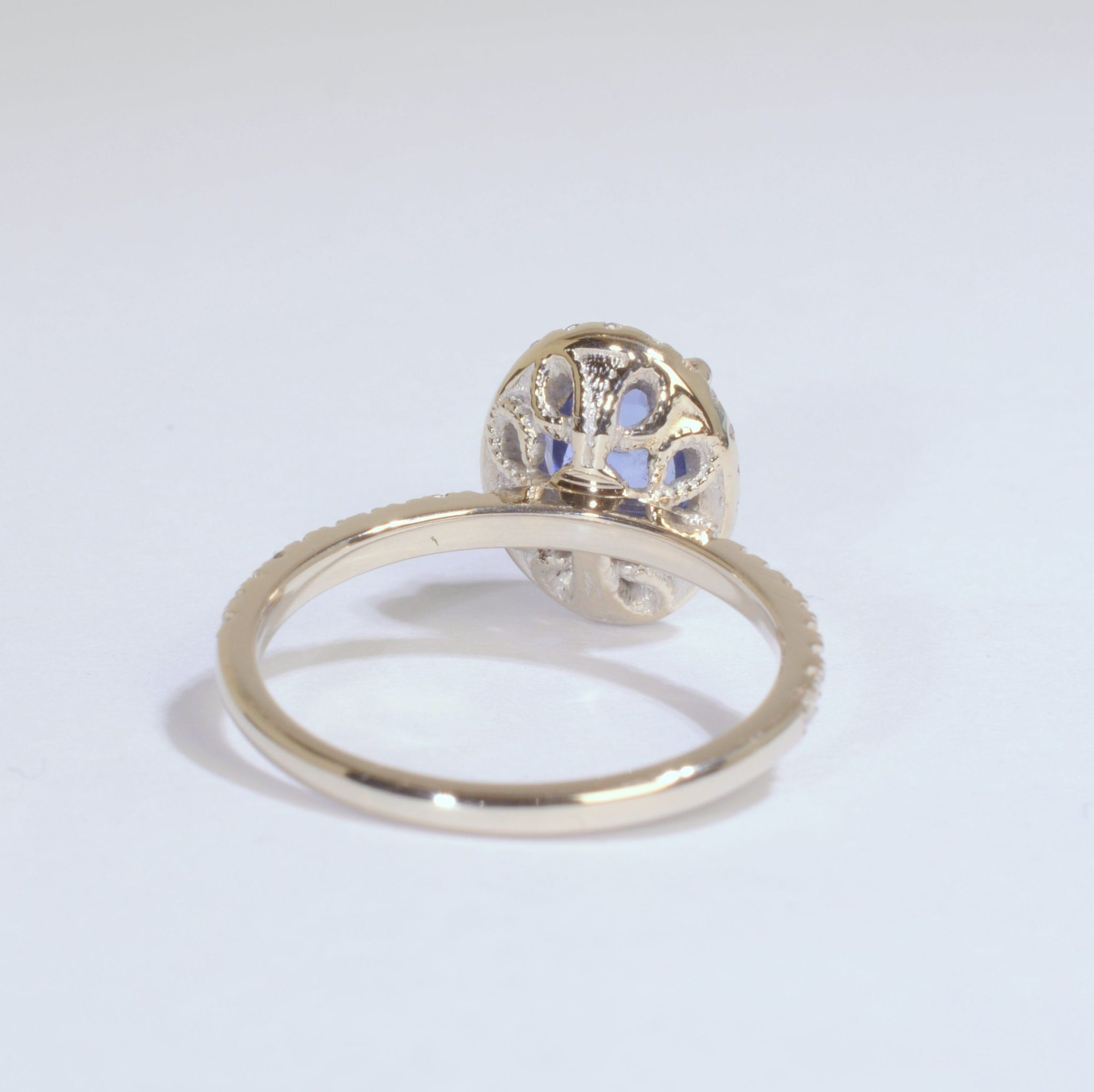 rings sapphire cut stone crossover three pear wedding and delicate ring royal diamond engagement blue palladium oval