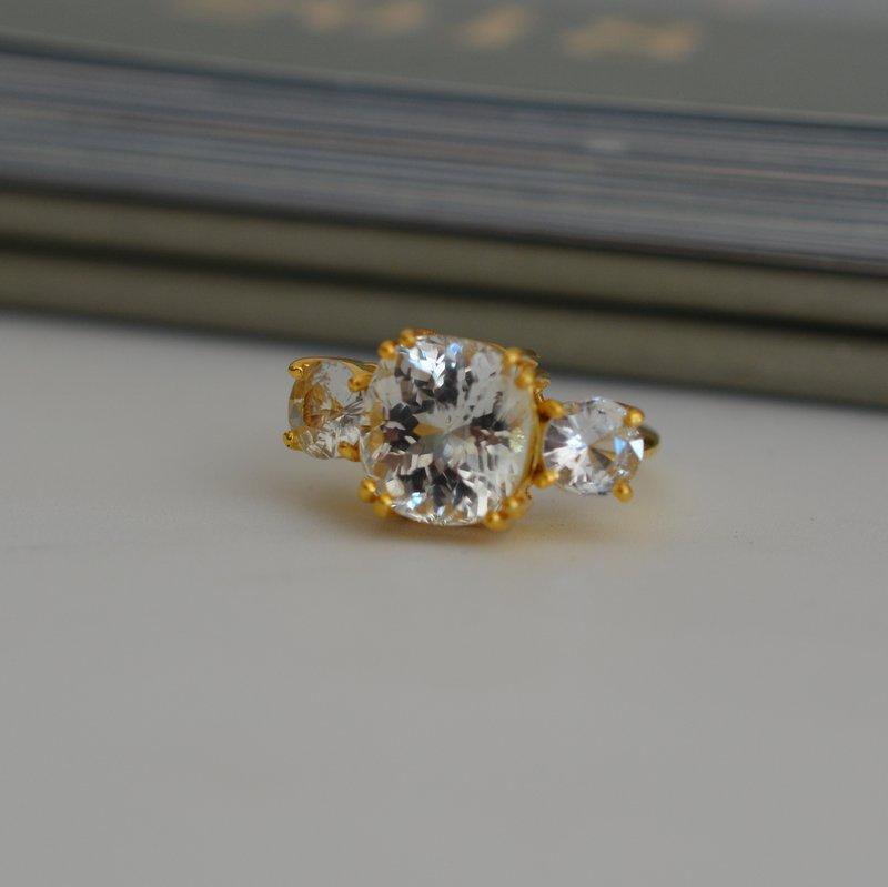 Meghan engagement ring