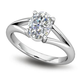 3 stones ring