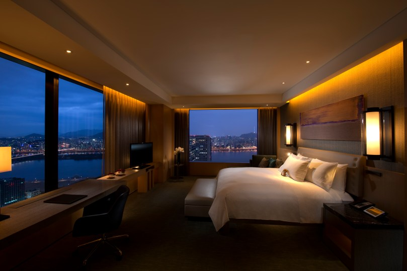 Conrad Seoul_Grand King (Executive) Corner Suite