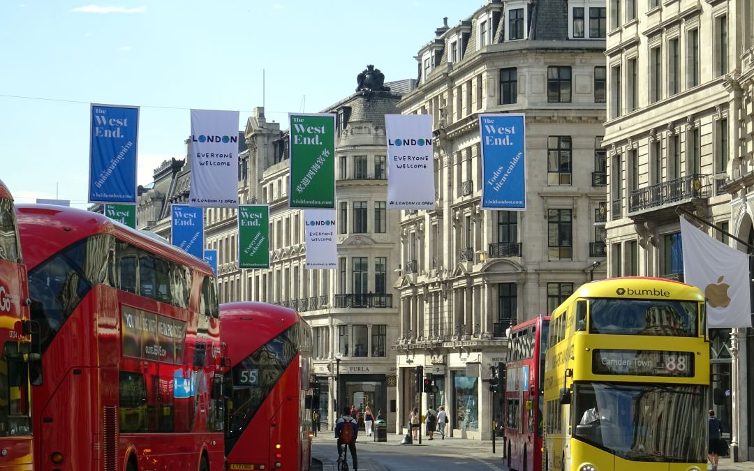 Your Guide to Signage and Banners for Your Building