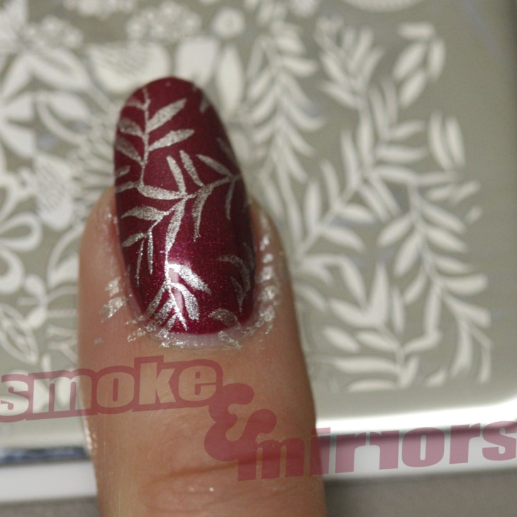 nail stamp with logo 003