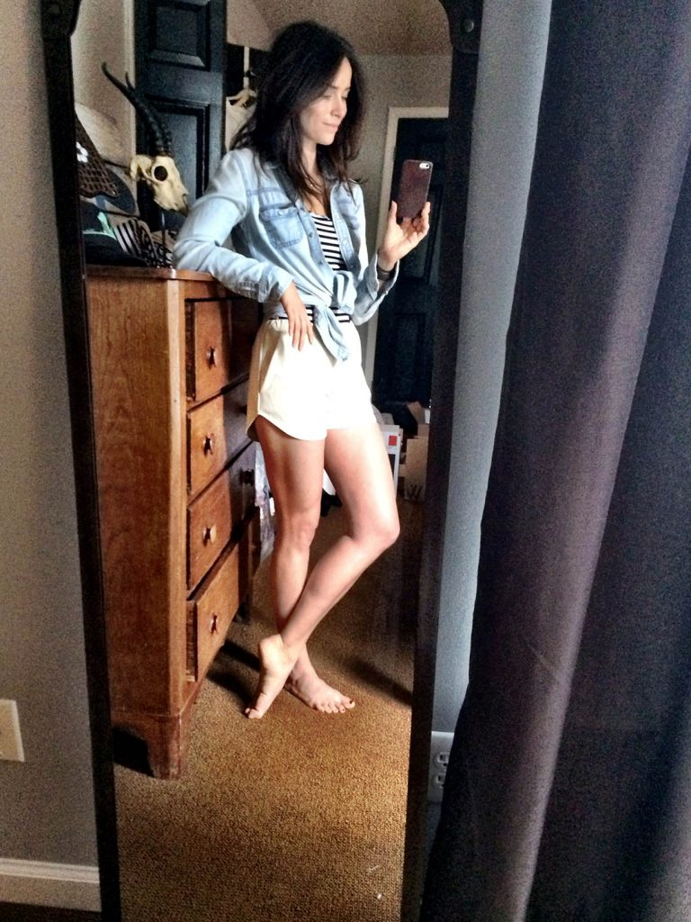 Abigail Spencer sexy