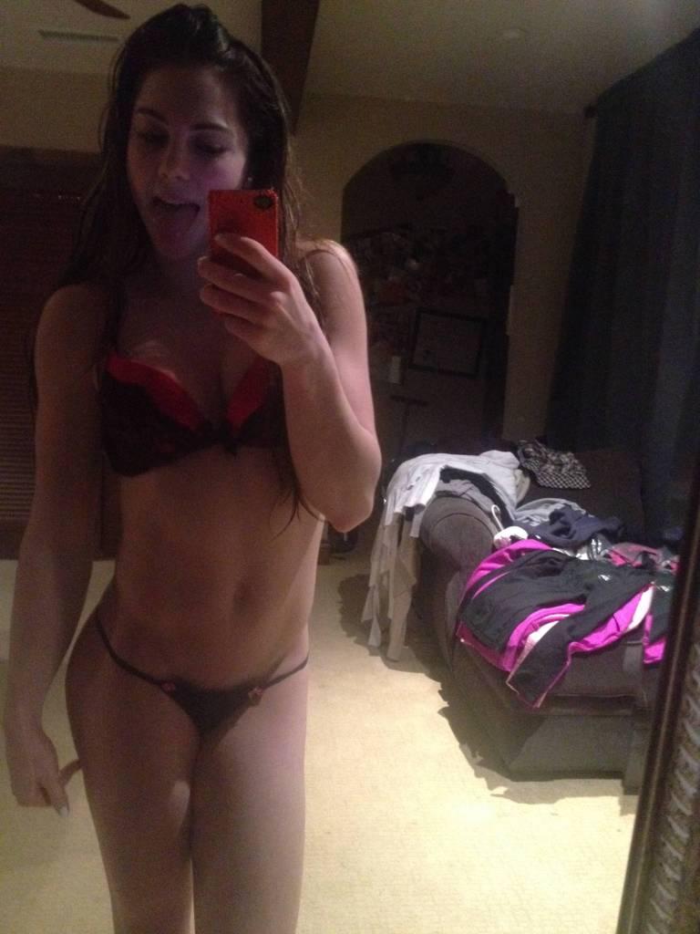 McKayla Maroney Nude