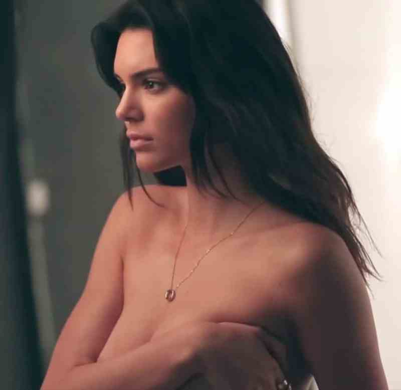 Kendall Jenner Topless Pictures