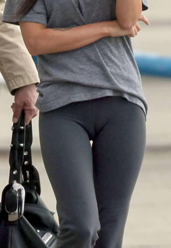 Megan Fox Sexy yoga pics