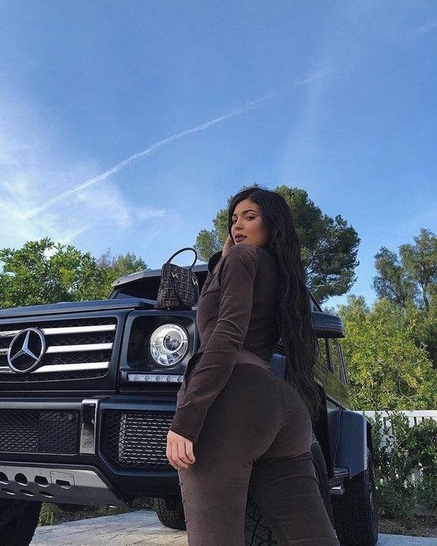 Kylie Jenner Camel Toe Pussy