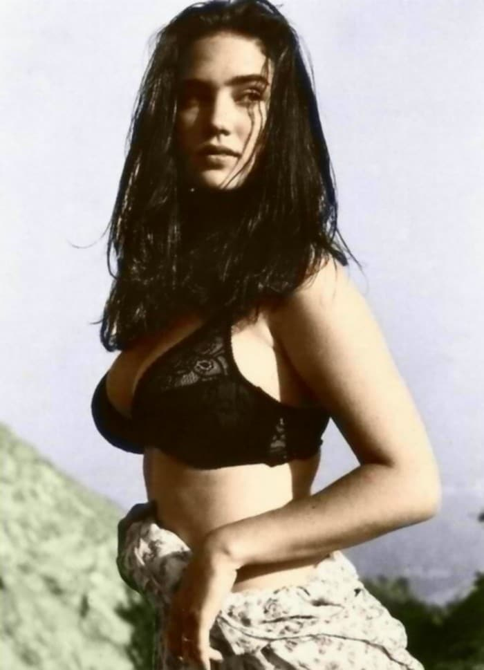 Jennifer Connelly Topless Photoshoot