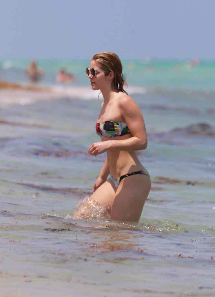 Emily Bett Rickards Nude - Strips To Bikini