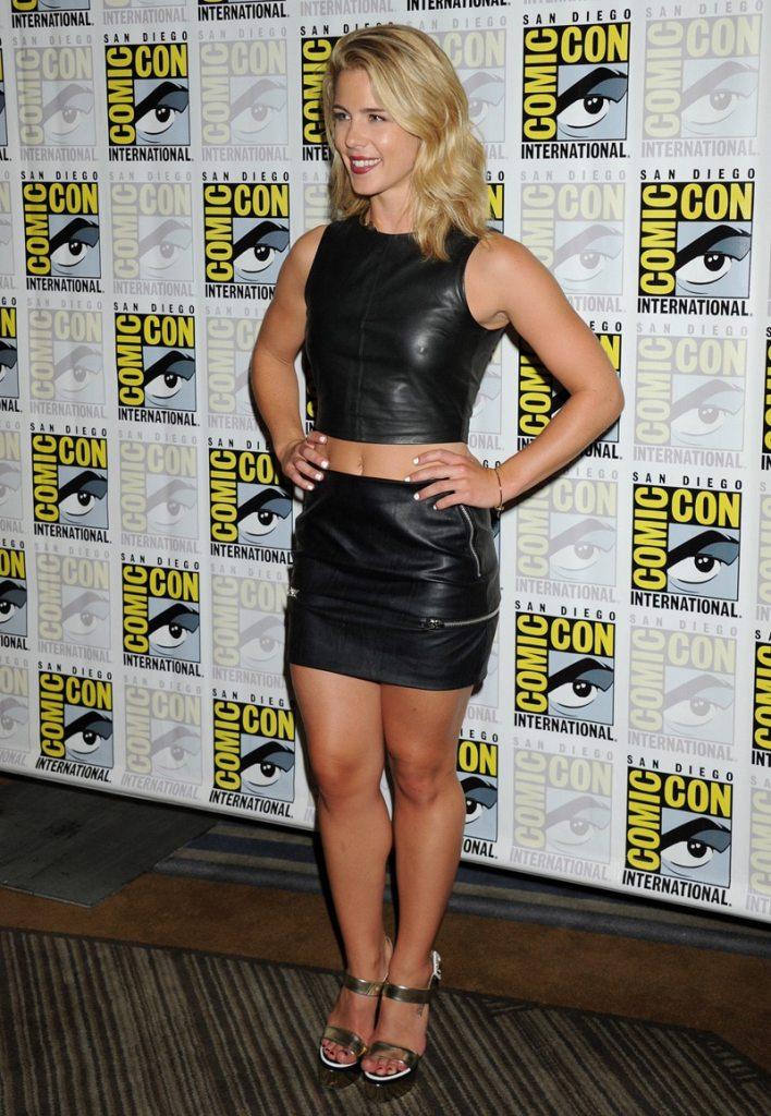 Emily Rickards Hot Sexy Photos (Pokies)