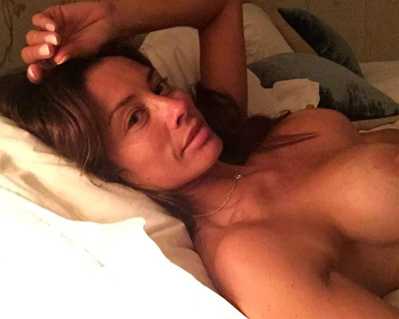 Melanie Sykes Nude Photos