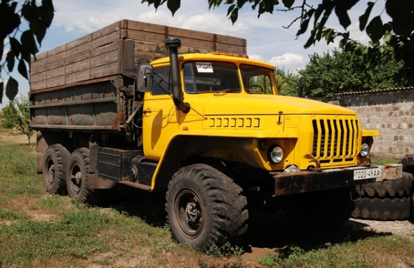 Технические характеристики самосвала Урал 5557 и его ...