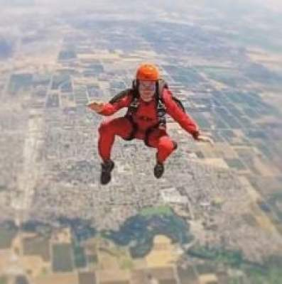 Patty Mayo's sky diving
