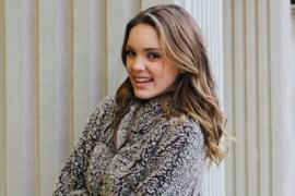 Paige Mackenzie Bio, Net Worth, Married, Husband, Height & Weight