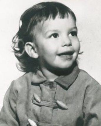 Sela Ward Childhood