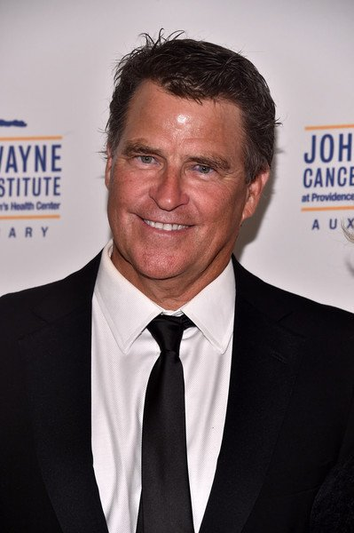 Ted McGinley in an award function.