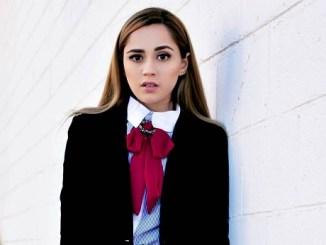YouTuber Carolina Ross photo
