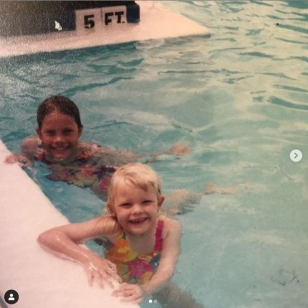 Childhood photo of Kelly Nash with her sister, Kaitlyn Nash.