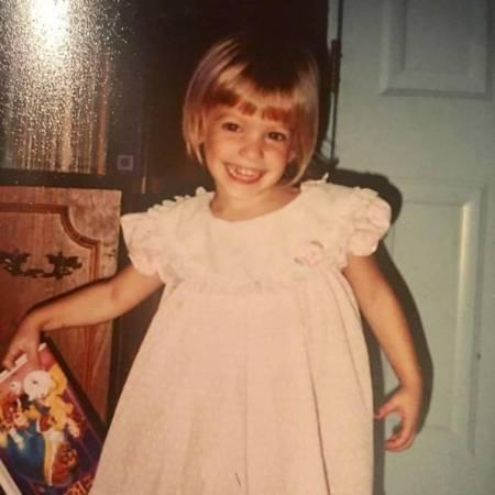 Childhood photo of Mackenzie McKee.