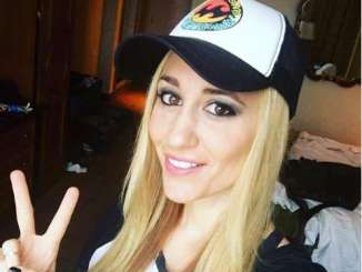 Vanessa Rousso Bio, Age, Height, Poker, Net Worth and Married