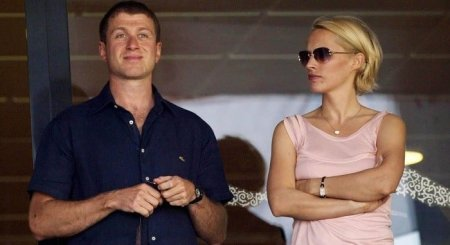 Roman Abramovich and his ex-wife Irina Malandina