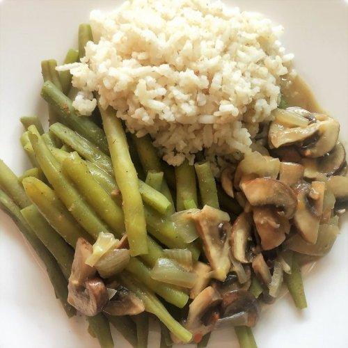 Groente en rijst met jus