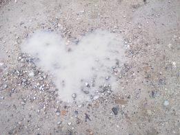 Pfützen-Herz