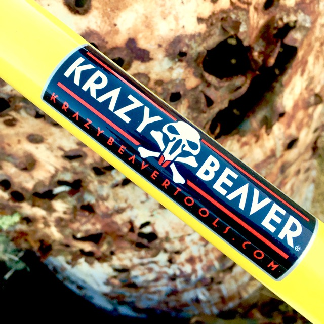 The Krazy Beaver Shovel has a fiberglass handle.
