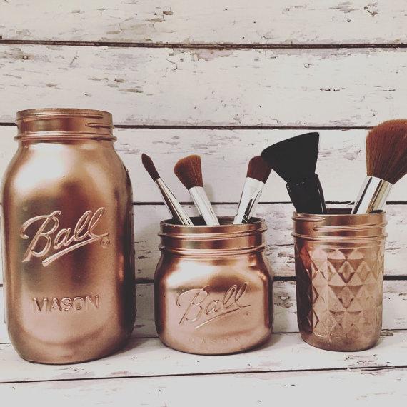 Make up storage 1