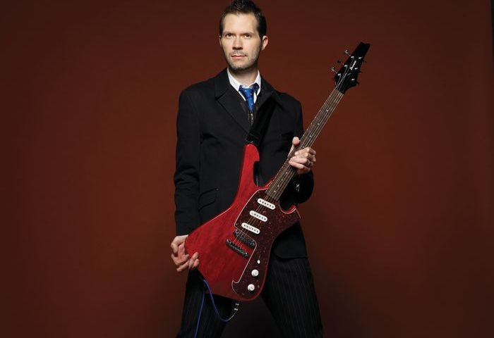 Virtuoso Guitarist Paul Gilbert and his Amazing Career!