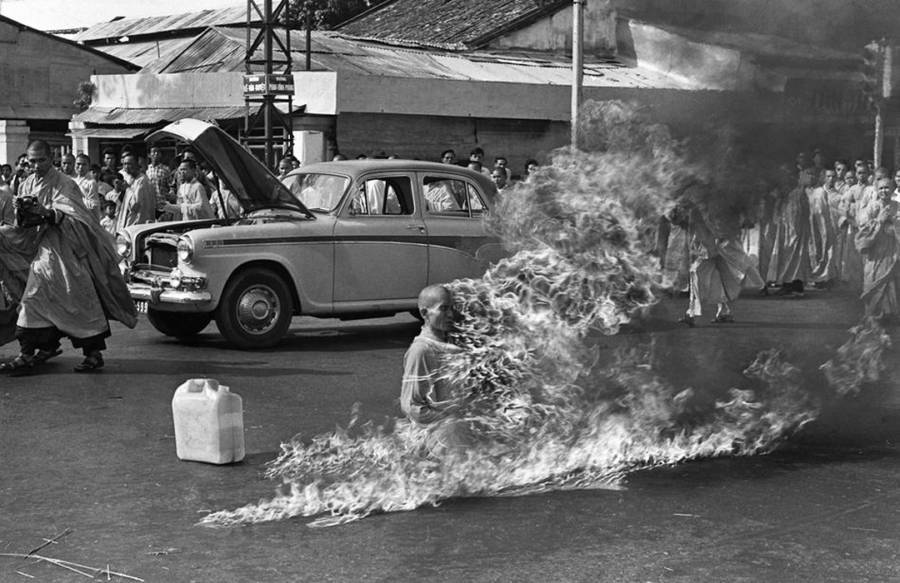 Image result for buddhist monk burning vietnam photographer