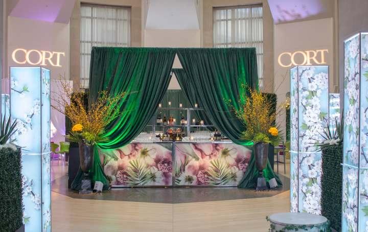 CORT Event Furnishings, Bar Display