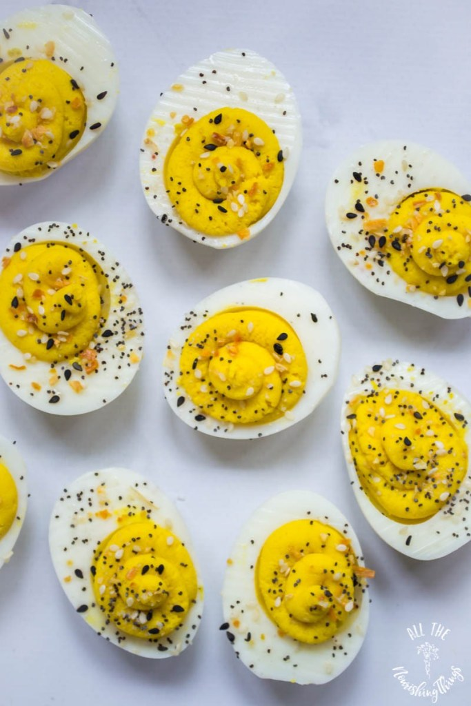 Everything Seasoning Deviled Eggs (keto, paleo, Whole30)