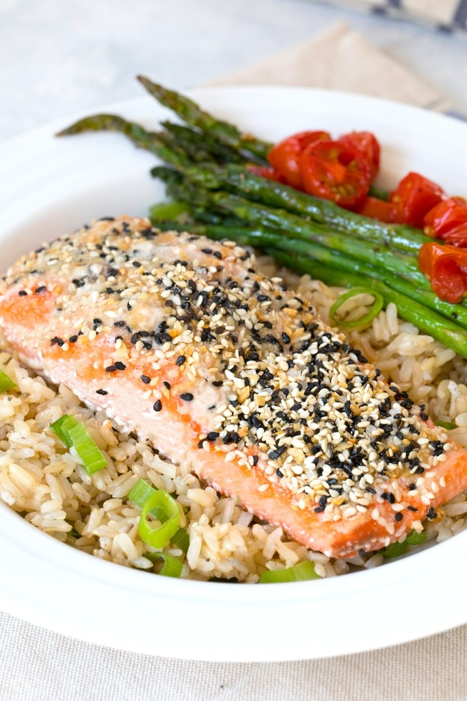everything but the bagel seasoning salmon with rice and asparagus