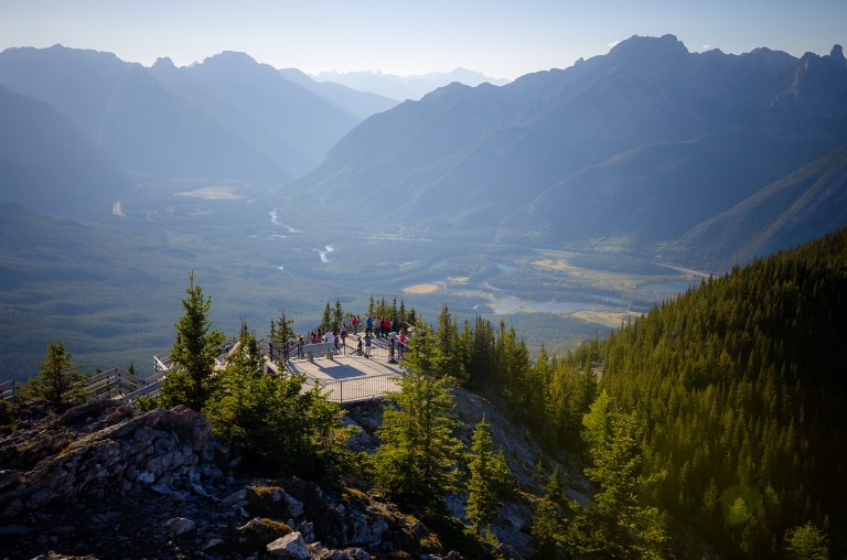 top-things-to-do-in-banff-gondola-2