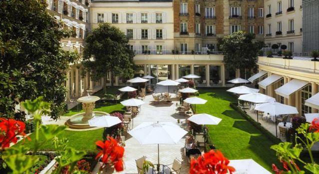 luxury-hotels-paris-14