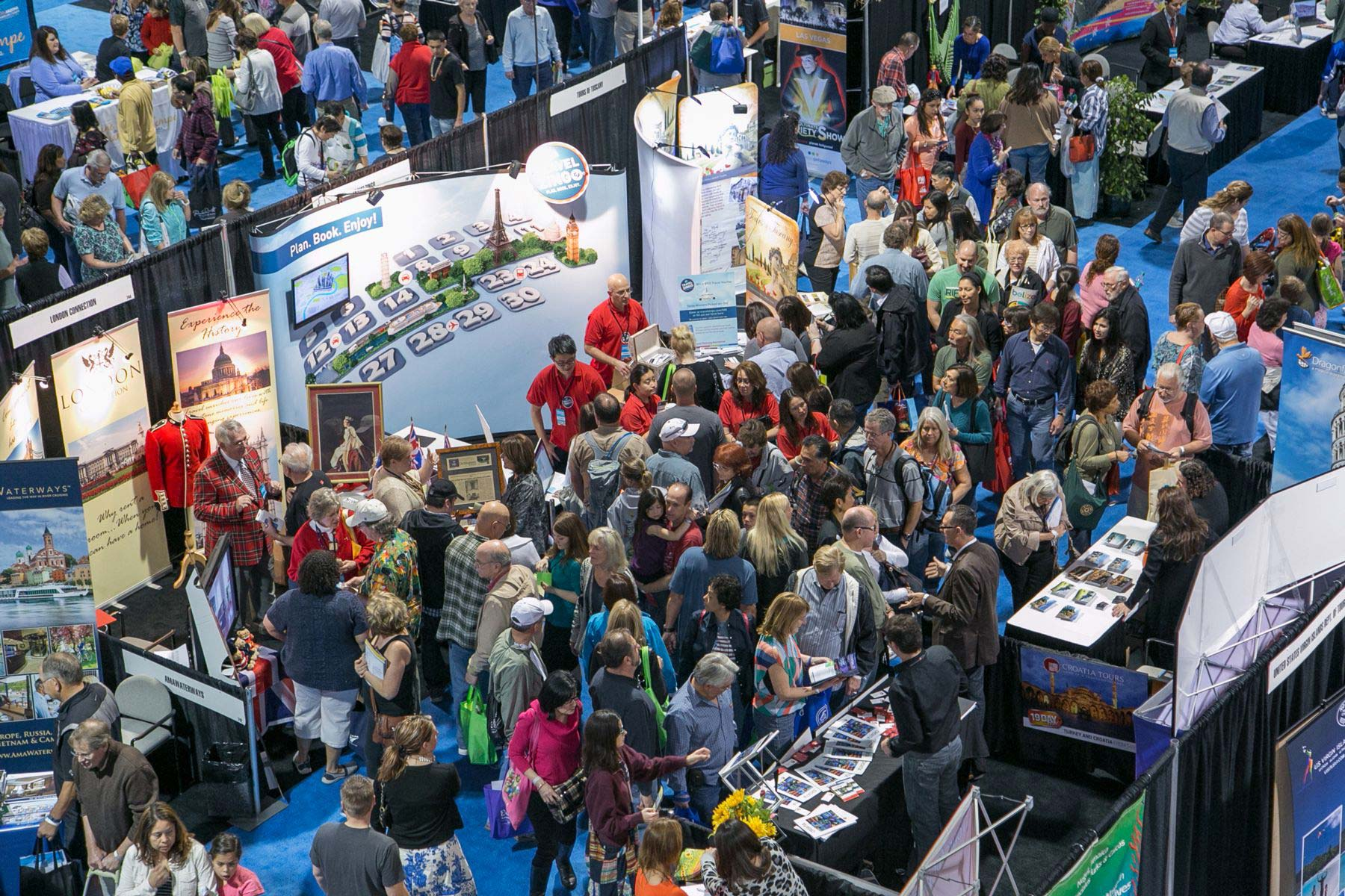 17 Ways To Find Cheap Flights: Johnny Jet at Travel & Adventure Show
