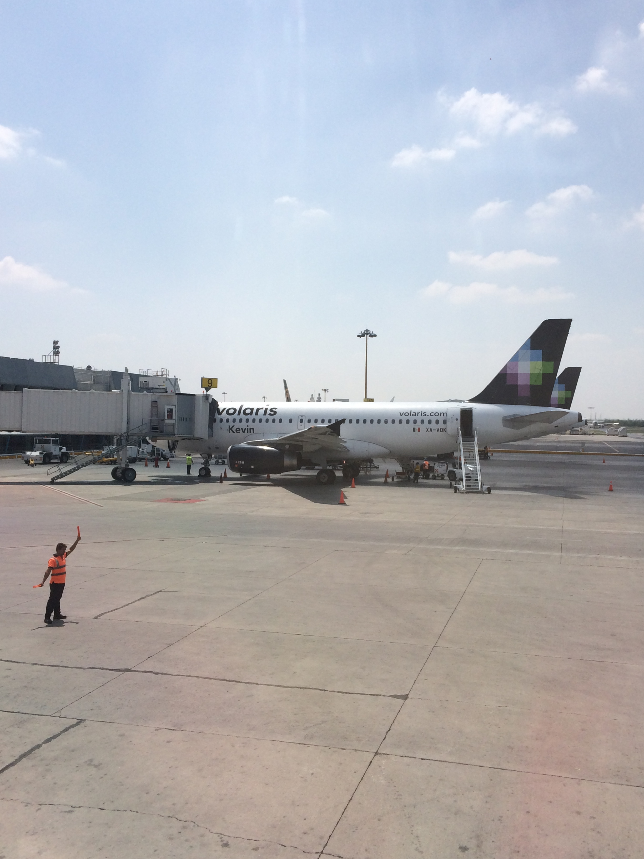 Fly: Volaris Opens New O'Hare to Monterrey, MEX, Route