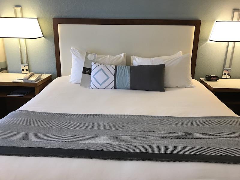 Loews Annapolis room