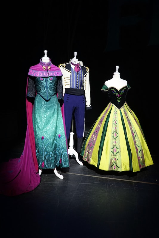 FROZEN dresses - Disney Wonder