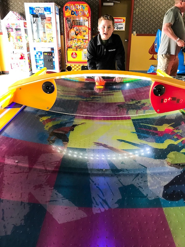 Six Flags air hockey