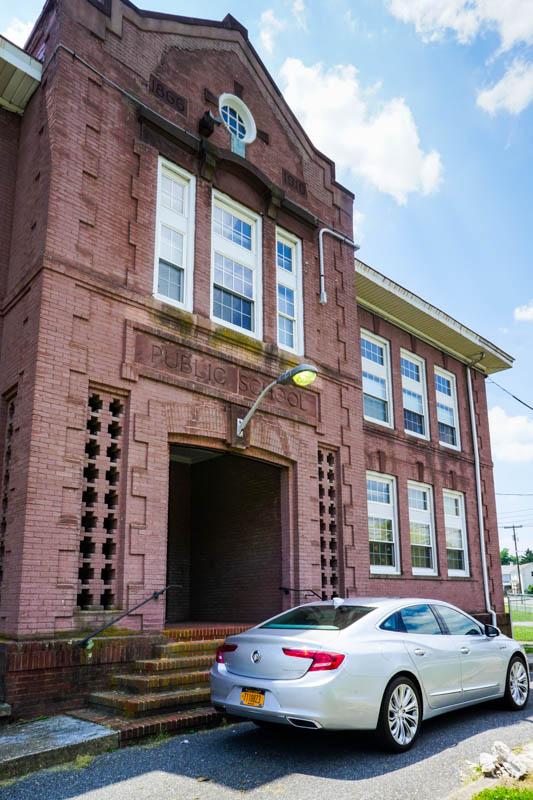 Buick LaCrosse - public school