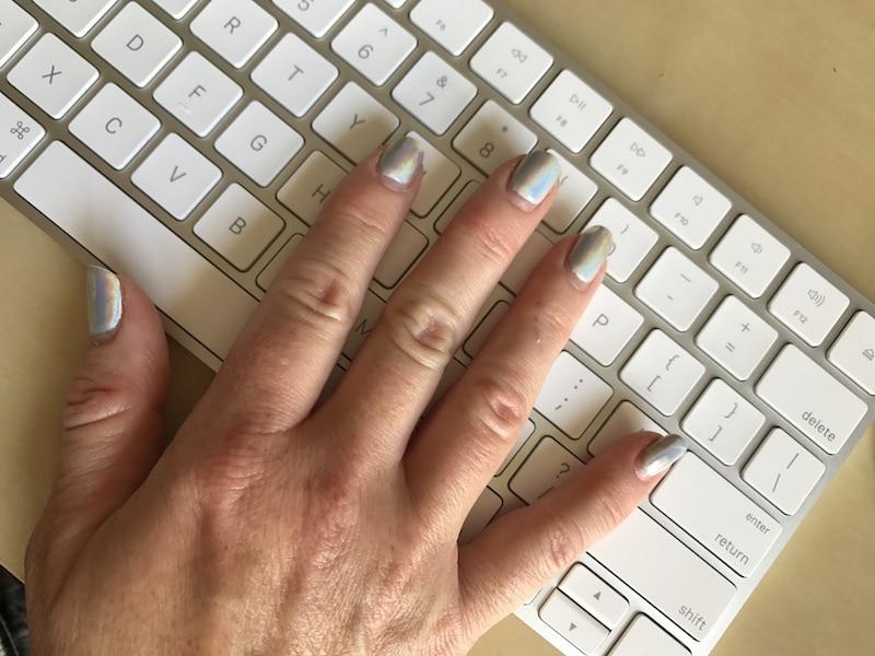 Holographic gel nails - 3 weeks after